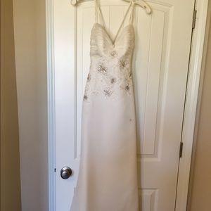 Used size 0 wedding dress